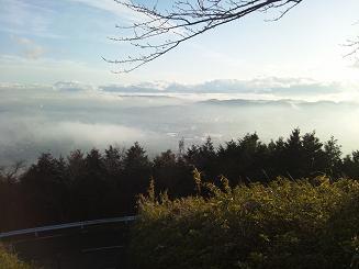 ヤビツ峠で雲海1